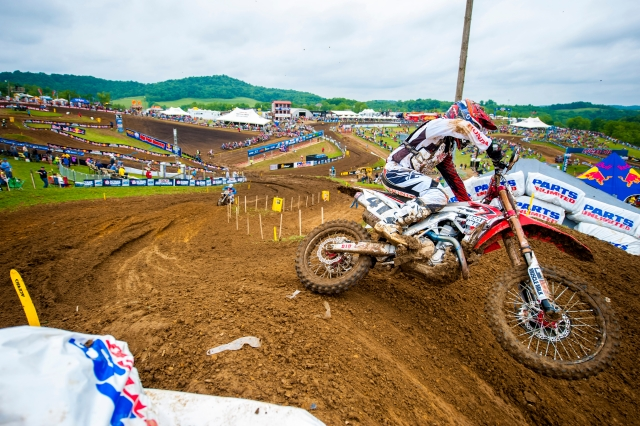 2 Stroke vs 4 Stroke Dirt Bike - How They Measure Up On The
