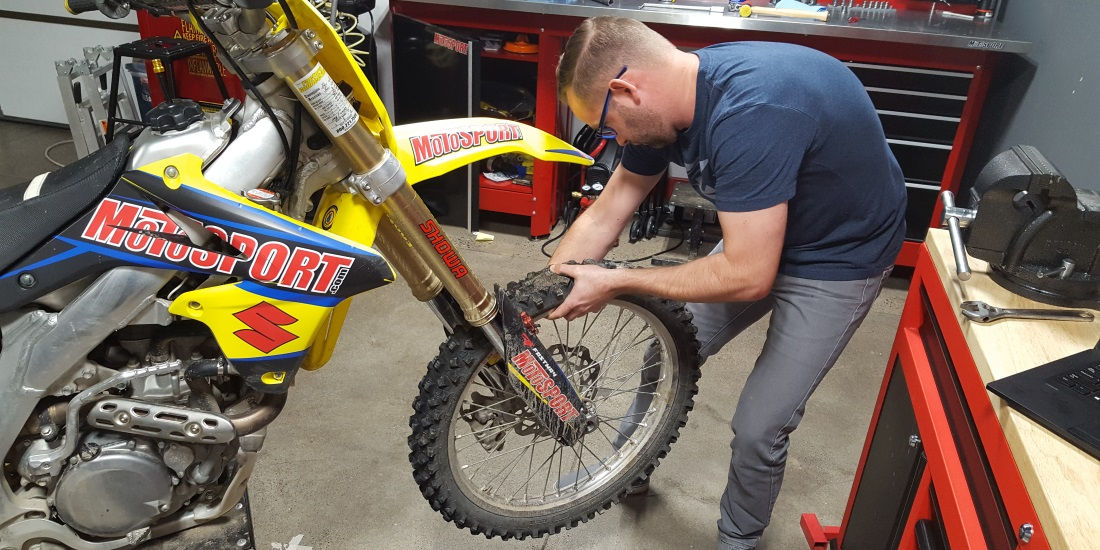 How To Properly Install the Front Wheel on a Dirt Bike